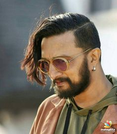 Actor Picture, Actor Photo, Cute Actors, Handsome Actors, Tiger Shroff Body, Mom Dad Tattoos, Cute Couples Photography, Watch The World Burn, Galaxy Pictures