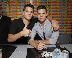 Charlie and Max Carver as Ethan and Aiden Max And Charlie Carver, Max Carver, Triplets, Twins, Wolf Stuff, I Can Tell, Teen Wolf, Mtv, Brother