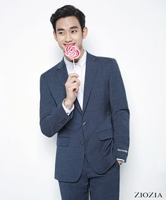 ZIOZIA's new spring ad campaign featuring Kim Soo Hyun consists ofa modern, minimalistic pictorial … *sigh* much like ZIOZIA's past campaigns.    Sources   ZI…