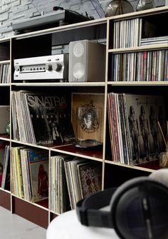 Wohnregal braun // Shelf brown www.regalsystem-r… Wohnregal braun // Shelf brown www.regalsystem-r… Vinyl Shelf, Vinyl Record Storage, Lp Storage, Lp Regal, Hifi Regal, Vinyl Music, Vinyl Records, Hifi Rack, Rooms Ideas