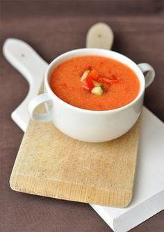 Gazpacho - csakapuffin.hu Gazpacho, Thai Red Curry, Ethnic Recipes, Food, Essen, Meals, Yemek, Eten