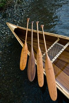 The Lutre takes its name from the French 'loutre' meaning otter. Originally designed to a customers specification, it is essentially a shortened version of our Ottertail with a slightly wider blade to give it a similar surface area. Edenwood Canoe Paddles www.edenwoodpaddles.co.uk