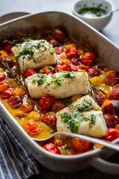 Cod with Tomato Confit, Herbs and Orange Clean Recipes, Fish Recipes, Healthy Dinner Recipes, Cod Cakes, Confort Food, Salty Foods, Middle Eastern Recipes, Fish Dishes, Fish And Seafood