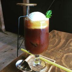 @nagaya.tokushima の#コーヒーフロートいっぱいすぎだろ笑#まけまけ  (ナガヤプロジェクト)
