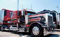 Custom Peterbilt Show Trucks | Custom Big Rig Truck Show - Chrome Show Photo Gallery