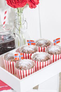 Cupcakeformer 24 pk røde striper   Kremmerhuset  #Kremmerhuset #Interior #Inspiration Cake, Kitchen, Desserts, Inspiration, Tailgate Desserts, Biblical Inspiration, Cooking, Deserts, Mudpie