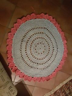 Crochet Rugs, Home Decor, Tapis Crochet, Homemade Home Decor, Crochet Carpet, Interior Design, Home Interiors, Decoration Home, Home Decoration
