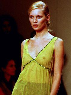Kate Moss (Runway ~ Catwalk)