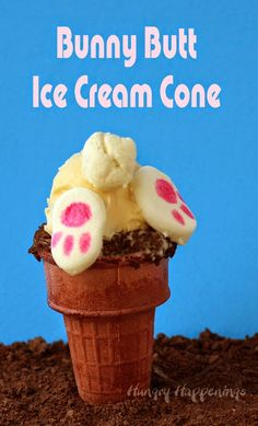 Kids and adults are going to love these adorably sweet Bunny Butt Ice Cream Cones this Easter. You can find the tutorial at HungryHappenings.com