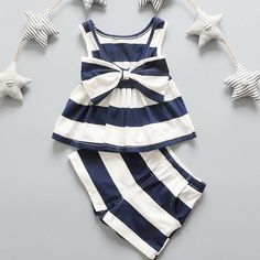 2pcs V-NECK Stripe Bow Tank Top + Shorts