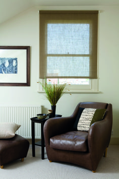 Purity Screen Roller Blinds are made of a Quality Plain Fabric & come with a Chrome or White Chain. - Direct Blinds and Curtains Sheer Blinds, Curtains With Blinds, Blinds For Windows, Roman Blinds, Roller Blinds Inspiration, Living Room Windows, Living Room Decor, Natural Roller Blinds, Roller Blinds Design