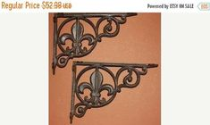 4 Fleur De Lis Cast Iron Shelf Brackets, Corbels. FREE SHIPPING! Order today, and your purchase will ship tomorrow via priority mail. (regular business days) The more you buy, the more you save! Size: Approx. 6 1/2 on the short side and 9 on the long side. These are perfect for that