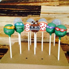 Teenage Mutant Ninja Turtles, manhole and Splinter cake pops by Evanssays be sweet