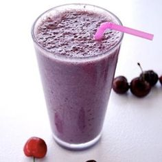 A smoothie could be the difference between an ok day and an amazing one! Try this recipe and make your day.
