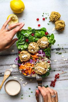 I used to think baking falafels was time consuming. These falafels are simple to make. The base consists of canned chickpeas and oats. Baked Falafel, Falafel Recipe, Vegan Risotto, Vegan Meatloaf, Whole Wheat Tortillas, Falafels, Vegan Burgers, Recipe Please, Kitchens