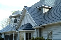 Metal Roofing Design Ideas.    A metal roofing is a good material for your home since it holds up well under dangerous weather conditions, has a top fire safety rating and is waterproof. Metal roofing can improve the aesthetic appeal of your home and lasts longer than asphalt shingles.