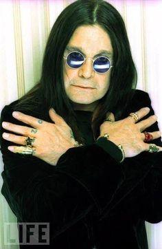 God Bless Ozzy Osbourne, Prince Of Darkness, Heavy Metal Music, Rockn Roll, Madara Uchiha, Got The Look, Black Sabbath, Music Stuff, Music Bands