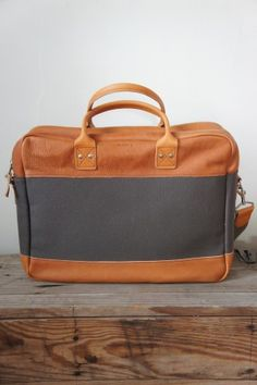 BillyKirk Padded Zipper Briefcase