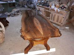#natural #walnut #wood #billet #table #woodtable #billettable #doğal #ceviz #ahşap #kütük #masa #ahşapmasa #yemekmasası #iznik Yekpare ve ekli her ebat da yemek masa çeşitleriyle