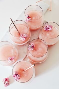 Happy Hour: Floral Frosé at LuLus.com!