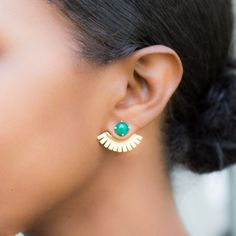 We love this pairing of green onyx and gold, and the fan-like earring jacket reads as both timeless and completely of the moment. #etsyjewelry