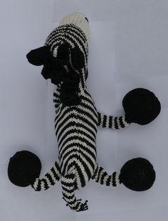 Ziggy de Zebra: zelfgebreide duizelige zebra, omdat hij hij niet kan stoppen met het tellen van zijn strepen