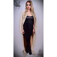 Palton alb lung Dresses, Fashion, Gowns, Moda, Fashion Styles, Dress, Vestidos, Fashion Illustrations, Gown