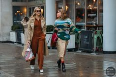 Camille Charriere and Monica Ainley by STYLEDUMONDE Street Style Fashion Photography FW18 20180219_48A5443