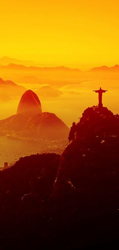 Christ the Redeemer at Sunset Rio de Janeiro Brazil - Travel tips - Travel tour - travel ideas Beautiful World, Beautiful Places, Places Around The World, Around The Worlds, Christ The Redeemer, Brazil Travel, Argentine, South America Travel, Rio Grande