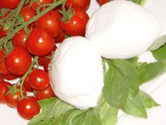 Cerca tra le oltre 2.000 ricette della tradizione italiana, divise per regione, stagione, difficoltà, tempo di preparazione. Descrizioni passo passo e videoricette a cura degli chef Academia Barilla.