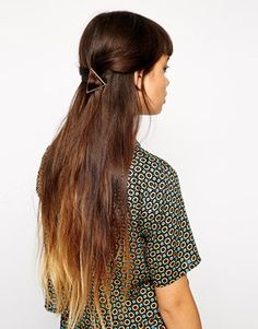 ASOS Triangle Hair Brooch 11.37€