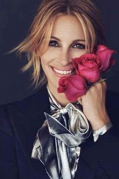 Pretty Woman, Most Expensive Clothes, Julia Roberts Style, Georgia, Famous Women, Famous People, Hot Actresses, Beautiful Celebrities, Beautiful Women