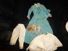 """13"""" F. G. French Fashion. Back of bisque swivel head incised 1. Blue threaded eyes are in their original plaster set, feathered eyebrows, painted upper and lower eye lashes, closed mouth and pierced ears.   eBay!"""