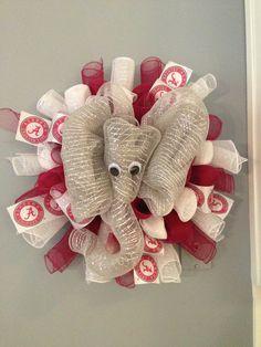 Big Al Alabama Crimson Tide Wreath by JustAdoorItWreaths on Etsy Alabama Decor, Alabama Crafts, Sweet Home Alabama, Alabama Football Wreath, Alabama Wreaths, Deco Mesh Crafts, Burlap Wreath, Door Wreath, Alabama Crimson Tide
