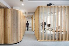 We opted for materials that are not commonly thought of for work spaces and tried to use them sensibly to establish a core identity, combining wood, carpet & glass partitions. Pine was the wood of choice because of its very imperfections.