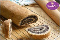 Vegán mákos bejgli - LovelyVeg Bread, Vegan, Tej, Ethnic Recipes, Minden, Poppy, Food, Weihnachten, Meals