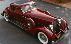 1933 Packard - Sport Coupe