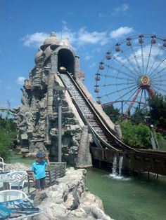 """See 381 photos from 4722 visitors about theme park rides, day pass, and greece. """"I had lots of fun in this place, the staff are nice and friendly. Fun Park, Insta Story, Tower Bridge, Places Ive Been, Greece, Fan, City, Travel, Greece Country"""