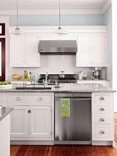 Inspiring 40+ Marvelous White Kitchen Cabinet Collections To Choose https://freshouz.com/40-marvelous-white-kitchen-cabinet-collections-choose/