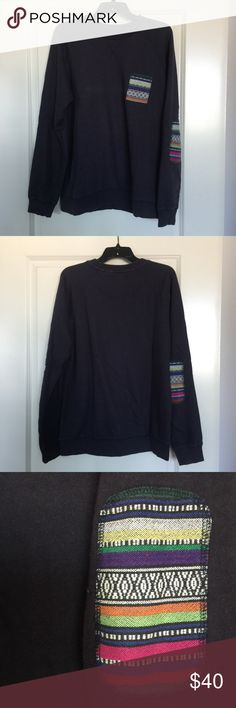 ⬇️Men's Urban Outfitters Navy Pullover Sweater Men's navy pullover sweater with elbow design. Size Large. No trades. Urban Outfitters Sweaters Crewneck