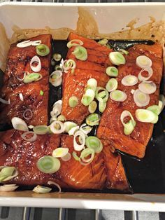 zalm teriyaki 05 Fish Recipes, Asian Recipes, Healthy Recipes, Ethnic Recipes, Recipies, Good Food, Yummy Food, International Recipes, Japanese Food