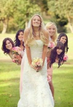 Photo Idea to do with Bridesmaid, can be done with groom & groomsmen