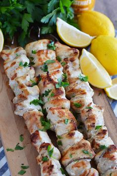 These Three-Ingredient Lemon Garlic Chicken Skewers are make an easy weeknight meal. They're gluten free, paleo, and and full of delicious flavor. Paleo Diet Snacks, Paleo Food List, Eating Paleo, Healthy Snacks, Paleo Treats, Yummy Treats, Kabob Recipes, Paleo Recipes, Appetizer Recipes