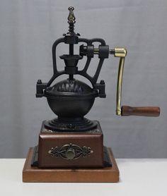 Coffee grinder CGA10