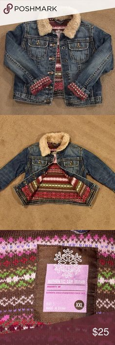 *HP* GAP fair isle lined w/Faux Fur collar Size 5 GAP fair isle lined coat w/Faux Fur collar Size 5. Super Cute Denim jacket with Faux Fur collar and fully lined with fair isle design which is like sweater material. Warm & Cozy. In excellent excellent condition GAP Jackets & Coats Jean Jackets