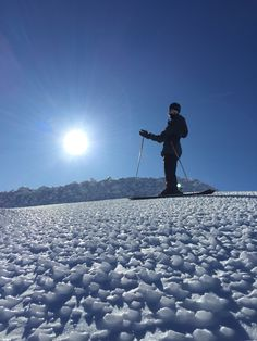 Ice ripples on a ridge at Mt Ruapehu, New Zealand