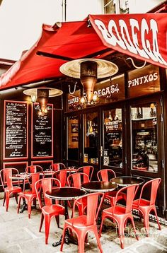 French Bistro Style On Pinterest Paris Cafe Bistros And