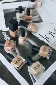 best of: nude nail polishes.