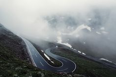 Impressive Alps #curve #extremeroads