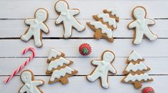 Gingerbread cookies | alevri.com Holiday Crafts, Holiday Recipes, Cookie Bars, Gingerbread Cookies, Sweets, Sugar, Dishes, Desserts, Christmas
